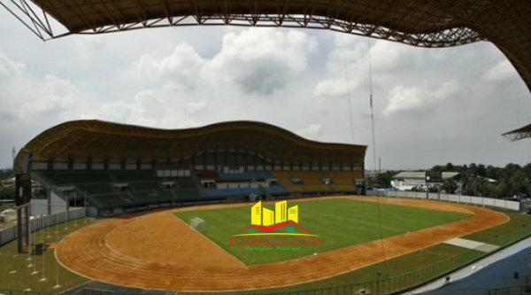Stadion Patriot Candrabaga.[Dok]