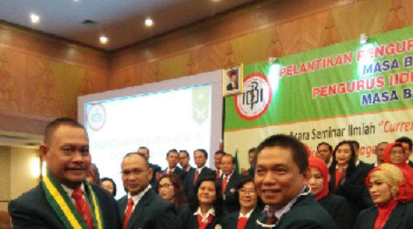 dr.Kamarudin Askar terpilih sebagai ketua pengurus baru IDI Kota Bekasi dan ketua pengurus IIDI masa bakti 2015-2018 adalah dr.Murdiati Umbas.