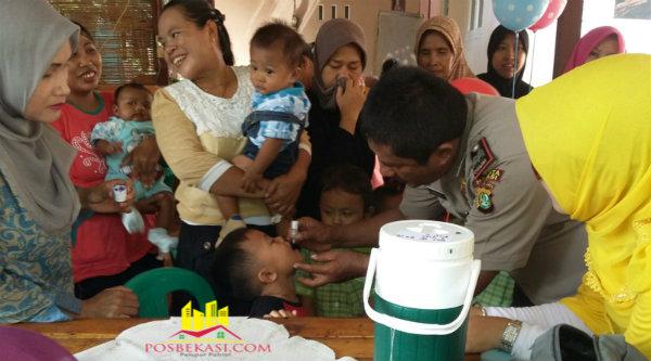 Pekan Imunisasi Nasional di wilayah Kecamatan Setu.[FER]