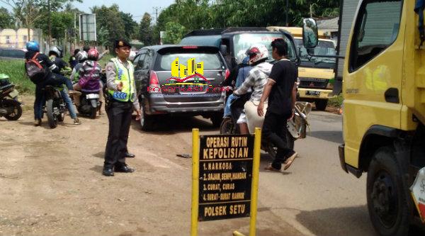 Operasi Cipkon Polsek Setu digelar diperbatasan Setu-Cileungsi, Bogor.[BES]