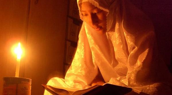 Mengaji Al Quran.[IST]