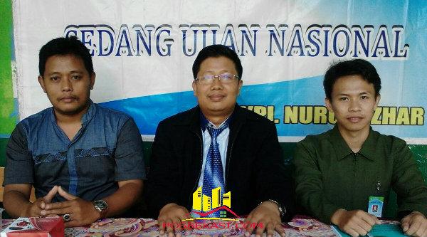 Para pengawas UN SMP di Kecamatan Setu, Kabupaten Bekasi.[DLI]
