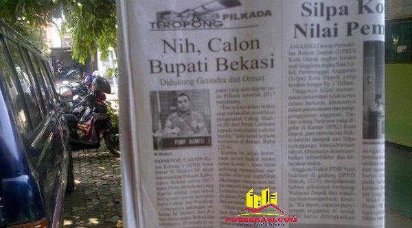 Koran yang memberitakan pencalonan Syahrir sebagai Bupati Bekasi.[BES]
