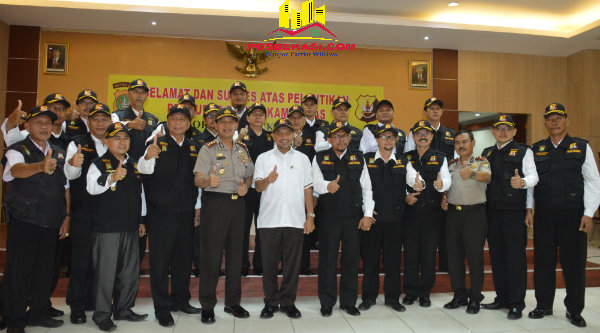 Pengukuhan Pokdarkamtibmas Polresta Bekasi Kota periode 2016 - 2020.[IDH]