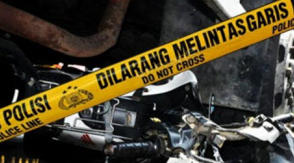 Tabrakan sepeda motor dengan truk.[DOK]