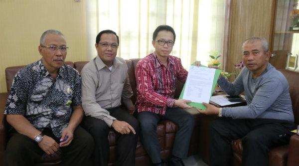 ARSSI Kota Bekasi temui Walikota Bekasi Rahmat Effendi mengeluhkan keterlambatan pembayaran Jamkesda.[IDH]