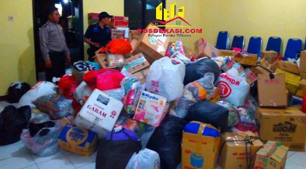 Sejumlah barang bantuan yang akan diserahkan pada korban bencana Garut.[IDH]