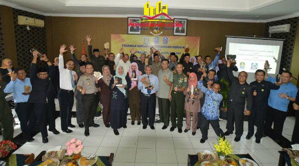 Pemerintah Kota Bekasi melakukan penandatanganan MoU dengan Kejaksaan Negeri Bekasi penanganan masalah hukum Perdata dan Tata Usaha Negara.[ISH]