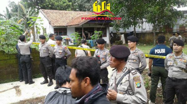 Rumah terudga anggota ISIS saat diamankan polisi di Kampung Kelapa Dua RT01/08, Kelurahan Pedurenan, Kecamatan Bantar Gebang, Kota Bekasi, pada Rabu 28 September 2016.[IST]