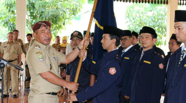 Walikota Bekasi, Rahmat Effendi melantik kepengurusan Karang Taruna Kota Bekasi periode 2016 - 2021 di Pendopo Walikota Bekasi pada hari Senin 26 September 2016.[ISH]