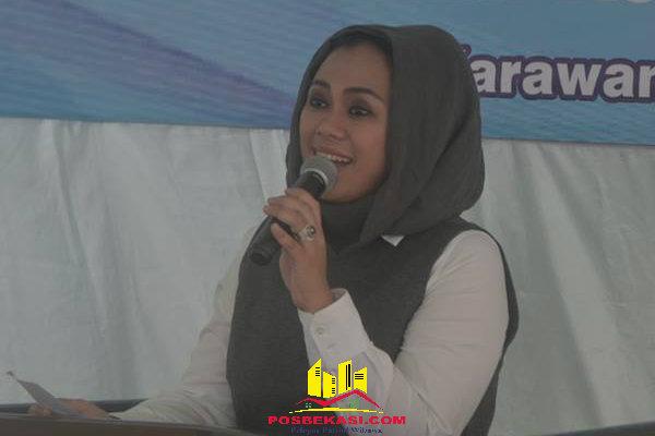 Bupati Karawang dr. Cellica Nurrachadiana.[ISH]