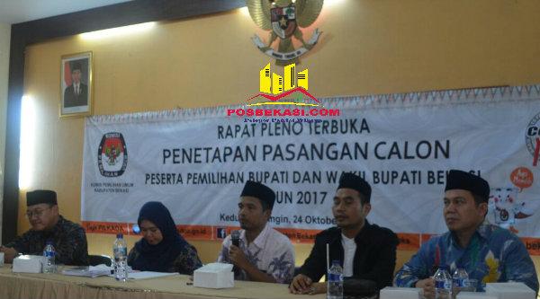 Lima komisioner KPU Kabupaten Bekasi menggelar rapat pleno penetapan paslon, Senin 24 Oktober 2016, pada Pilkada 2017.[BEN]
