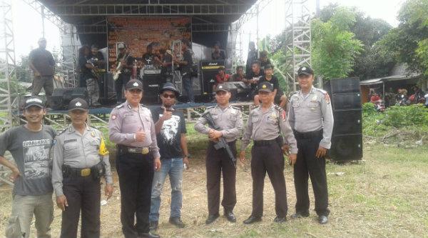 Patroli mobile pimpinan Ipda Herunanto melakukan sambang kampung.[RAD}