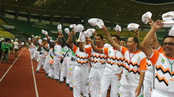 Kontingen Pekan Olahraga Pemerintah Daerah (PORPEMDA) Jawa Barat XII 2016, di Stadion Patriot Candrabhaga Kota Bekasi, Senin 7 Nopember 2016 malam.[BEN]