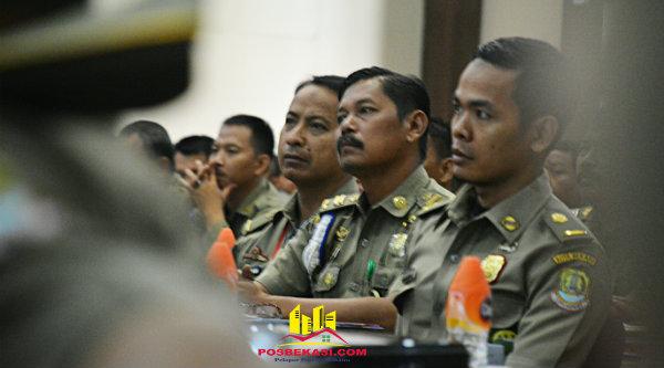 Peserta sosialisasi jabatan fungsional Satpol PP Kota Bekasi.[ISH]