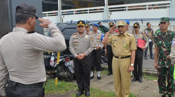 Wakil Walikota Bekasi H Ahmad Syaikhu saat apel siaga sambut Aksi Bela Islam II.[ISH]