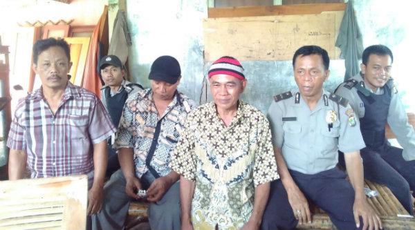 Warga Desa Taman Rahayu menyambut positif patrol dialogis yang dilakukan Polsek Setu.[IMA]