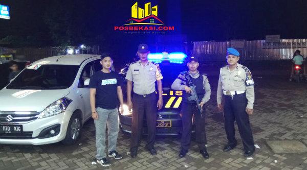 Kanit Provost Aiptu Anang Sumarjito pimpin pengamanan malam hari di wilayah hukum Polsek Setu.[RAD]