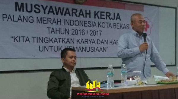 Walikota Bekasi Rahmat Effendi membuka Musyawarah Kerja PMI Kota Bekasi tahun 2016/2017.[BEN]