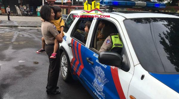440 Gambar Mobil Polisi Anak Tk HD Terbaik