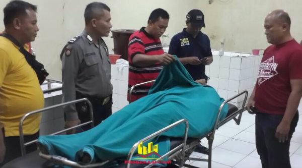 Pelajar SMK Samsul, tewas akibat tawuran antar warga di Jalan Bosih, Kampung Utan, pada Minggu 19 Februari 2017, sekitar pukul 03:00.[MIN]