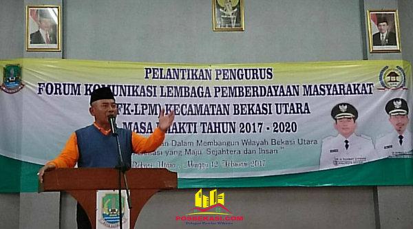 Walikota Bekasi, Rahmat Effendi, saat memberi sambutan pada pelantikan FKLPM Kecamatan Bekasi Utara, di Aula Kecamatan Bekasi Utara, Minggu 12 Februari 2017.[BEN]
