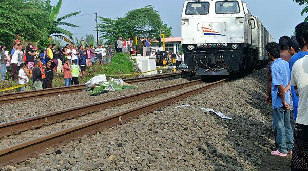 Ilustrasi korban tewas disambar kereta.