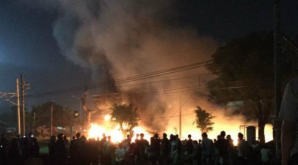 Kebakaran Flyover Kranji, pada Kamis 23 Maret 2017 malam.[IST]