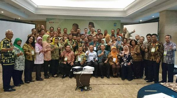Walikota Bekasi Rahmat Effendi, membuka Pembinaan Motivasi Kerja Eselon 3A di lingkungan Pemkot Bekasi, Kamis 23 Maret 2017.[BEN]