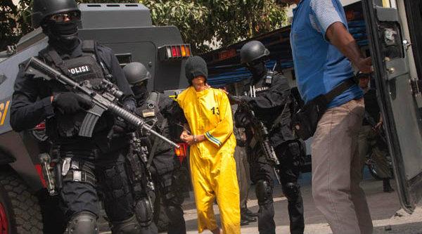 Terduga teroris ditangkap Densus 88.[DOK]