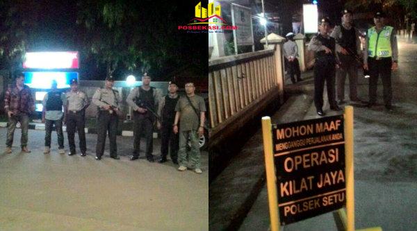 Kanit Reskrim Polsek Setu Iptu Indon Sitorus pimpin Patroli Mobile dan Operasi Kilat Jaya, Minggu 30 April 2017 dinihari tadi.[MIN]