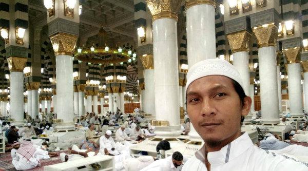 Jamaah Umroh Mitra Qolbu Wisata Itikaf Di Masjid Nabawi
